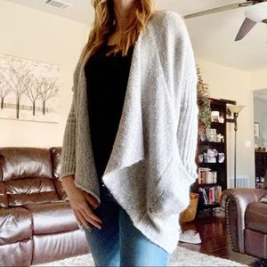 Romeo & Juliet Couture Chunky Knit Open Sweater